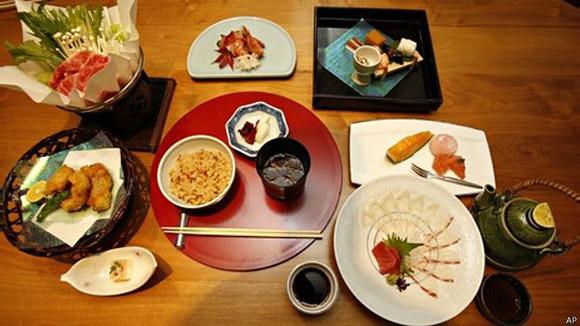el-respeto-por-la-naturaleza-estc3a1-relacionado-con-la-gastronomc3ada-japonesa-foto-ap