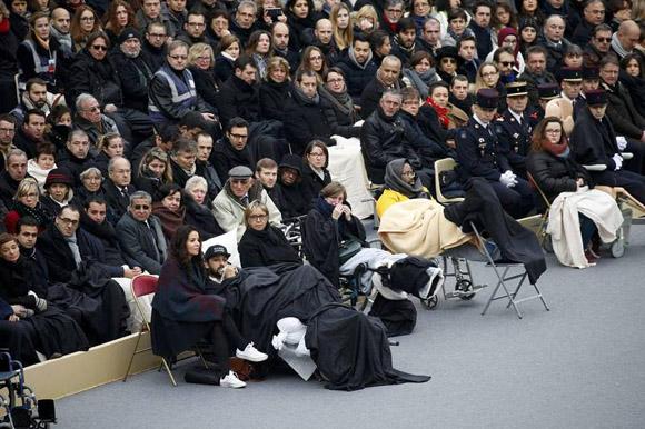 heridos-en-el-atentado-a-francia-asisten-al-homenaje-nacional
