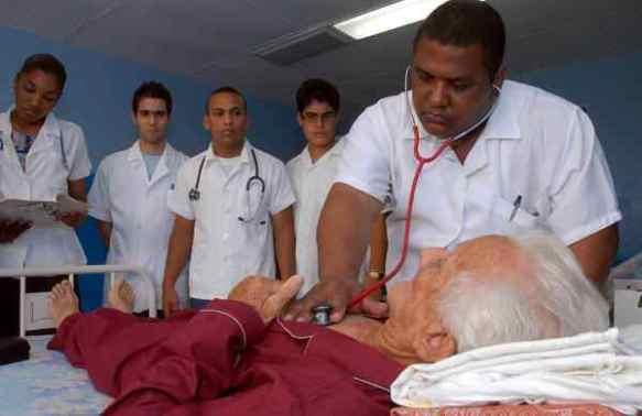 medicos-cuba23